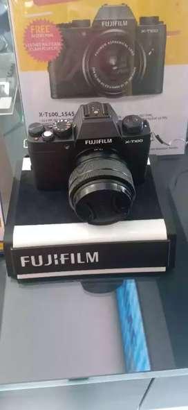 Kamera Fujifilm Mirrorless black Cicilan free instax mini
