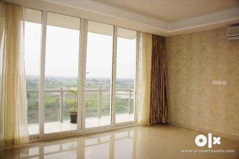 2+1 bhk flat with long corridor 0