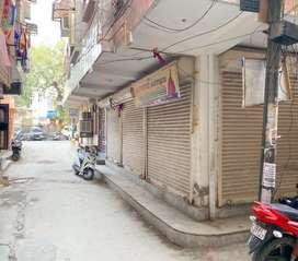 3 shops for sale in paschimpuri