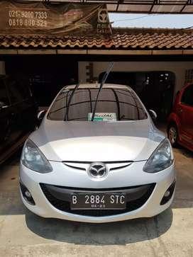 Mazda 2 V AT 2012