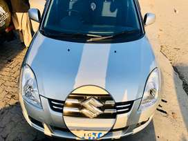 Suzuki swift DLX 1.3