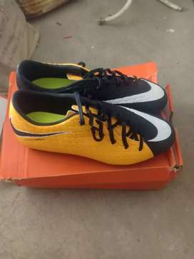 ALL NEWNike hypervonam phelon football shoes size - 9