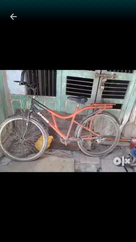 Afro bicycle,2015 model,good running etc.