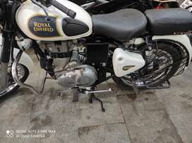 Mint condition with VIP number classic 350cc