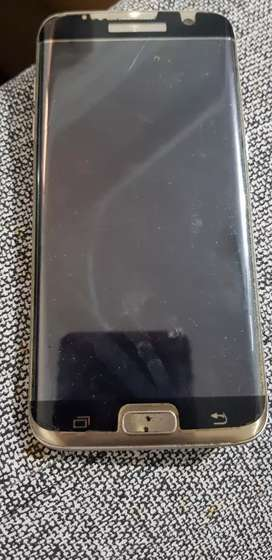 Samsung Galaxy S7 edge in nice condition