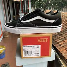 Sepatu vans oldskool global release BNIB
