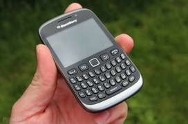 extra good condition of blackberry models available with all accessori