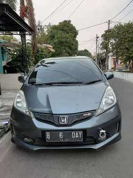 Jazz RS Matic 2011 Abu abu