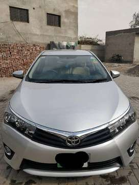 Corolla GLI 1.3 manual 2017 model Qisto par khareedy
