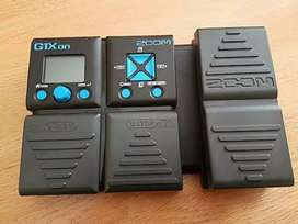 Zoom G1xon guitar pedal with expression