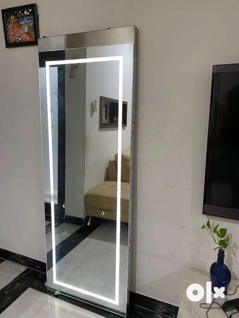 Full length Salon Mirrors with lighting and attached tray 0