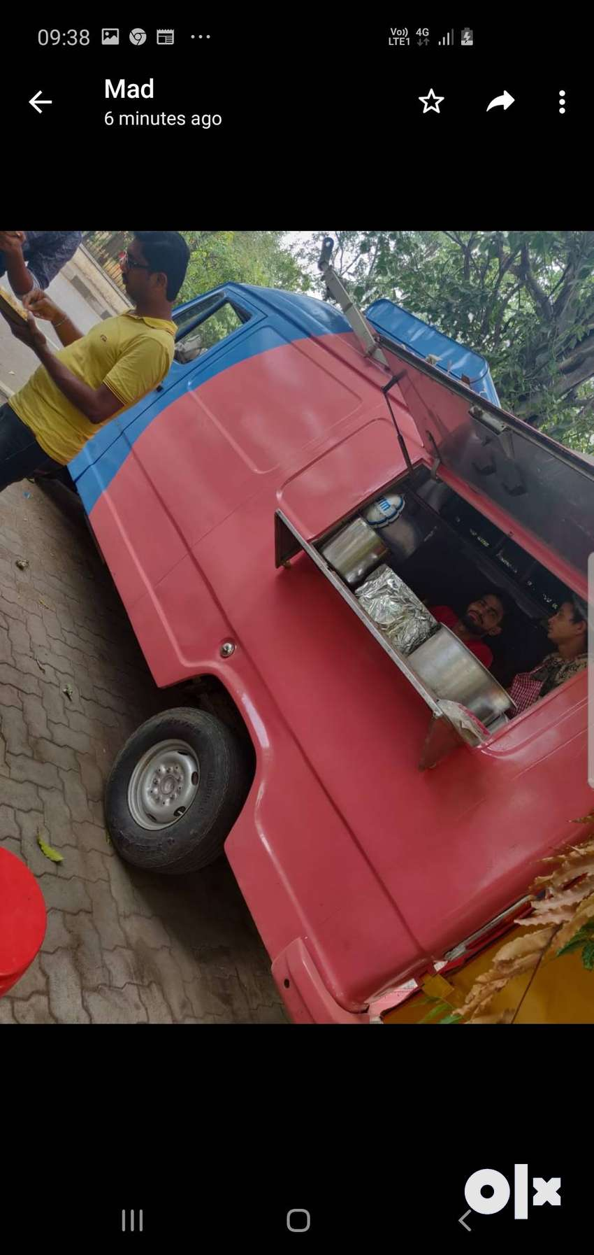 Tempo traveller food truck 0