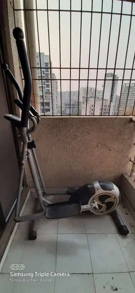 Elliptical cross trainer for home gym and workout
