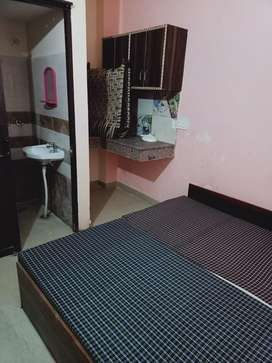 2bhk , 1 room set for single , cuple