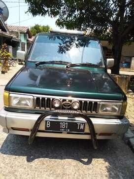 Kijang Rover 1994