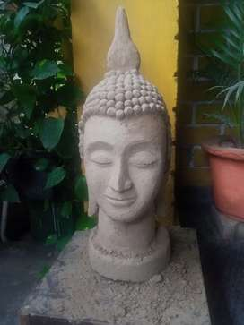 Budh statue