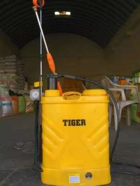 Tiger spray machine Manual 20 liter Just Rs 3799