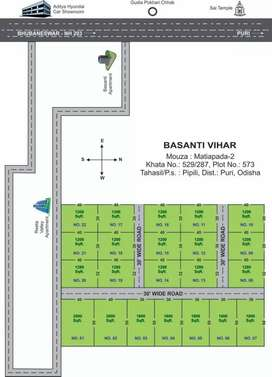 30 Ft wide road with gharabari plot