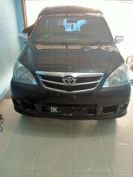 Dijual mobil Toyota Avanza tahun 2011