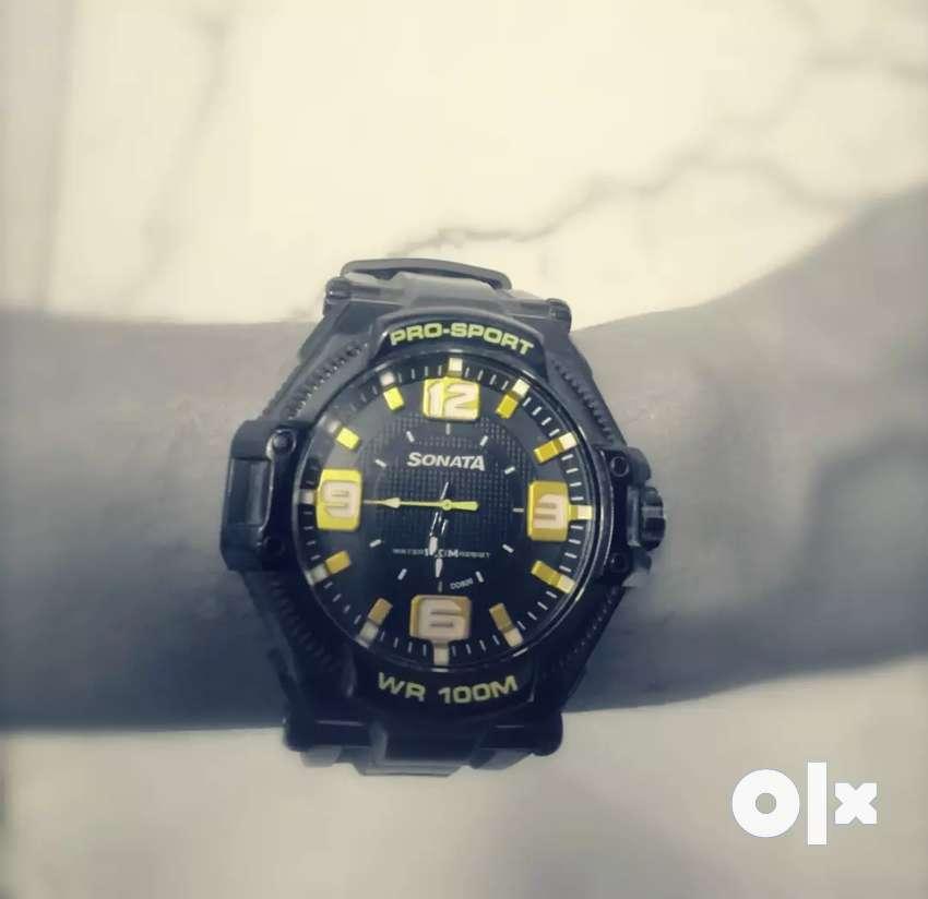 Sonata Pro Sports Watch (Gold) 0