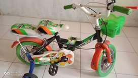 Sepeda anak ga pernah di pake 300rb