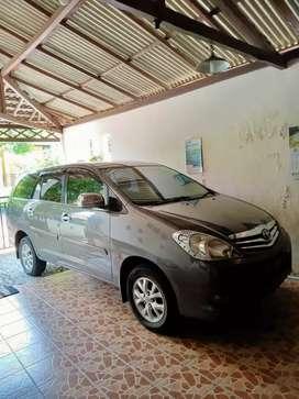 Toyota kijang Inova type G