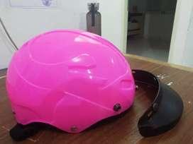 Helm sepeda pink