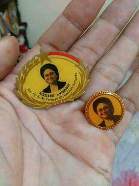 Vintage bross/pin memorablia ibu tien soeharto