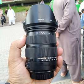 Sigma 18  200 mm lens OS version for (canon)
