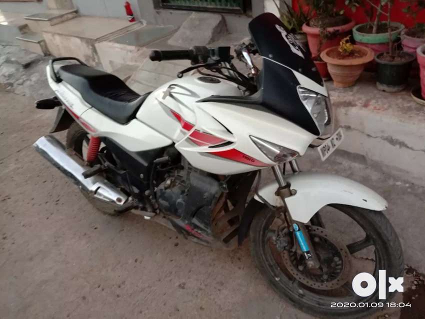 Hero karizma in very good condition 2nd owner 0