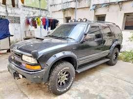 Chevrolet opel blazer 2001full modif