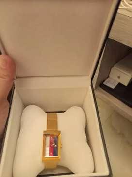 Jam tangan gucci oryginal ber sertifikat