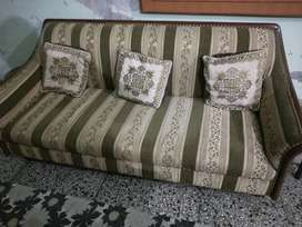 05 seater sofa with table