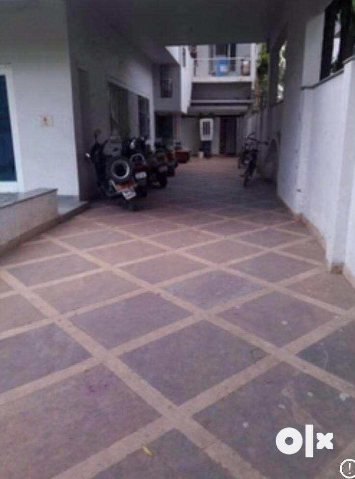 Rooms for girls in posh area near narmada hospital 0