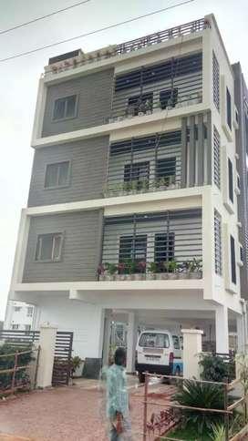 House for sale near  petbhaseerabad  kompalli suchitra