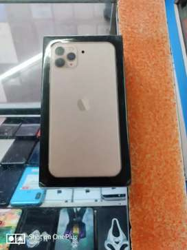 Unused iPhone 11 Pro Max 256gb Gold with warranty.
