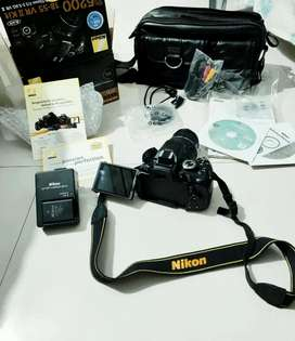 Nikon D5200 - Mint and rarely used
