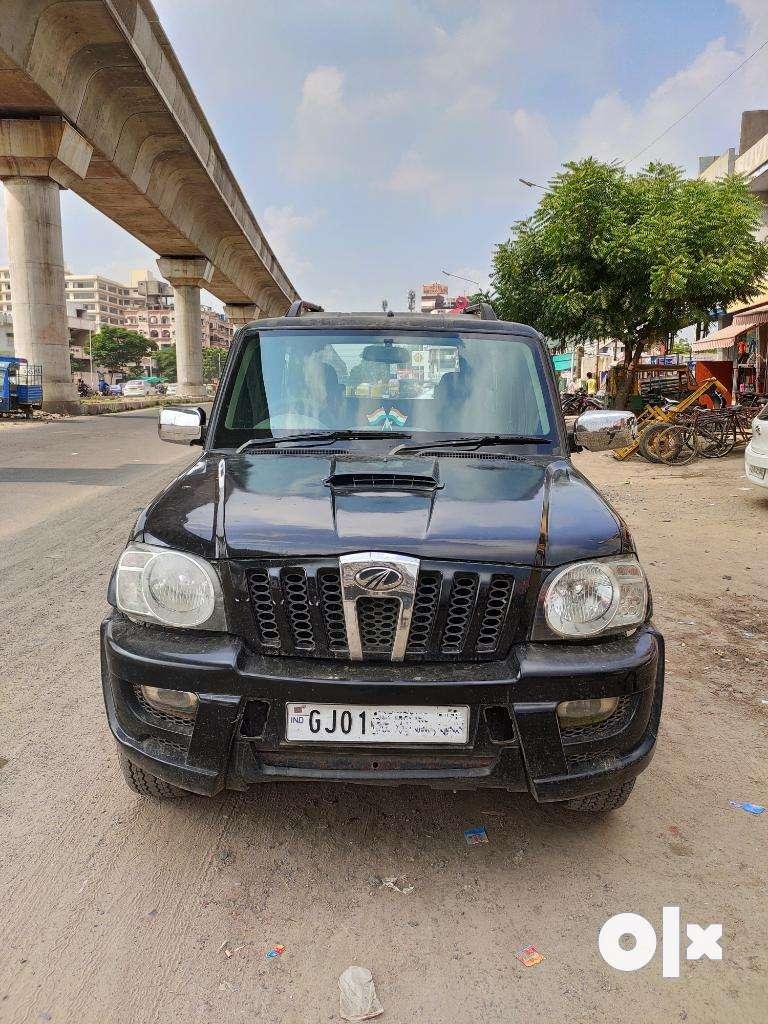 Mahindra Scorpio SLE BS-IV, 2011, Diesel 0