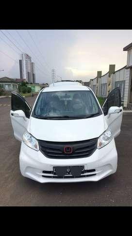 Honda freed 2013 PSd