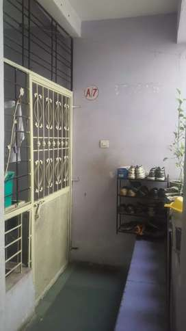 Well furnished luxaries flat centre solapur near yoshodara hospital