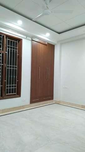 1 room set builder flat in saket