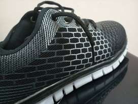 Joggers/Running shoes by Al-Nasr