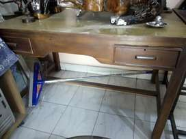 Wooden table sagwan