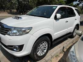 Toyota Fortuner 2011-2016 4x2 AT, 2013, Diesel