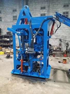 Mesin pres paving 7 mcm cetakan