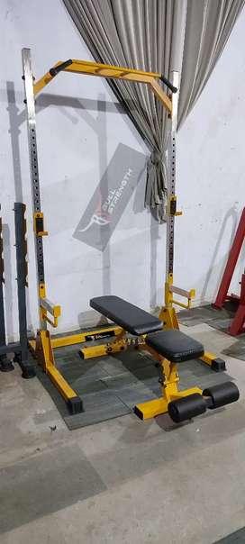 Multi purpose rack with adjustable bench press