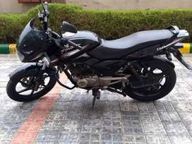 Pulsar 150, only 6500km driven, excellent condition.