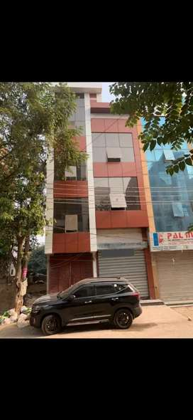 Space available for rent in vibhuti khand gomtinagar