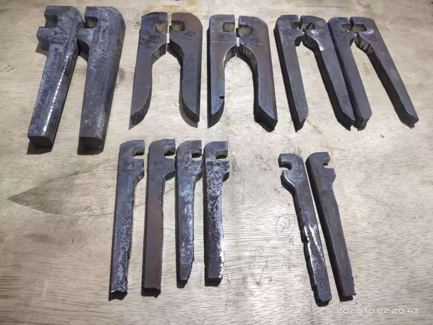 Kunci beton bahan baja per 0