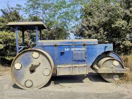 Road Roller for Sale - 3,50,000/-